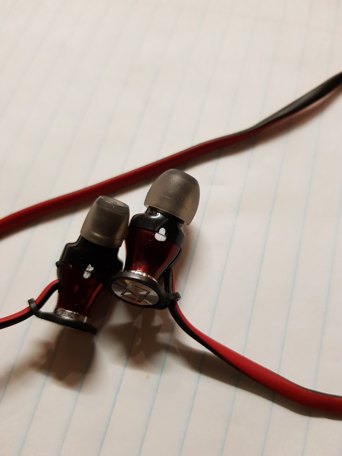 Sennheiser momentum in ear repair headphone reviews and once i got them apart i began cutting out the wire since it was useless in its current state the previous owner had wrapped some leather around the plug asfbconference2016 Images