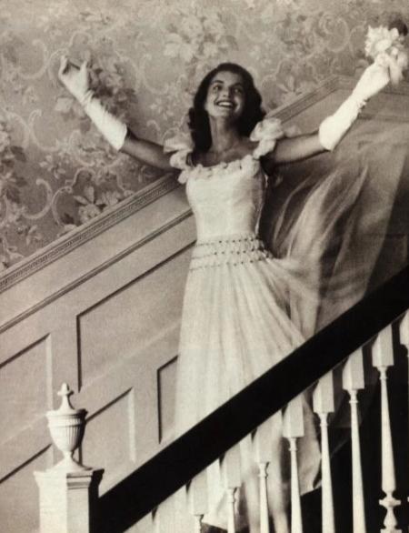 Jacqueline Bouvier Débutante In 1947