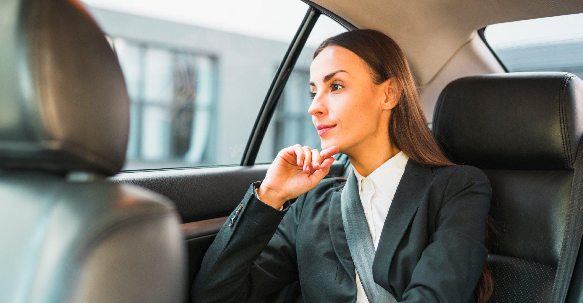 Как вести себя в неловких ситуациях, возникших в такси: способы избежания неуместных разговоров - Картинка 2