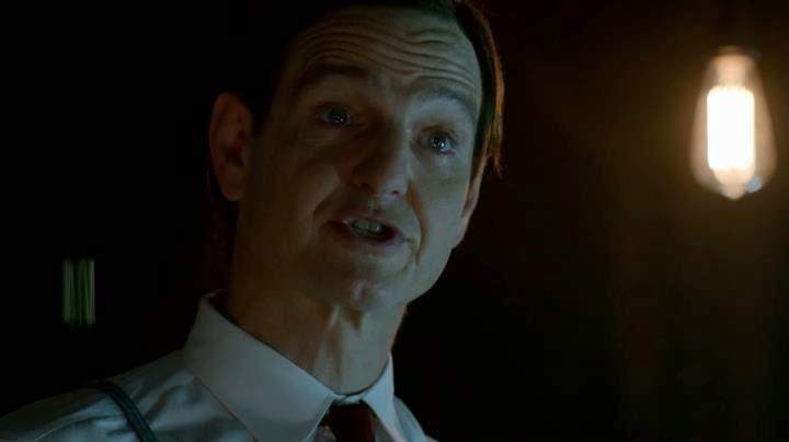 Constantine 2x11-Un mundo ahí fuera
