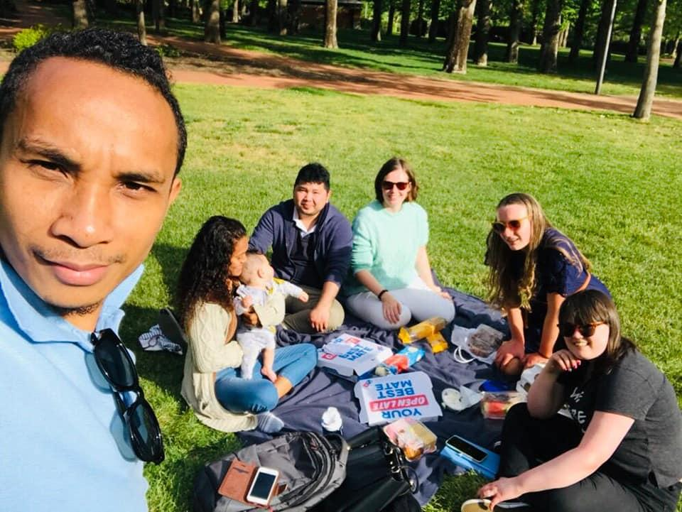 Some of our Canberra SCMers took advantage of the perfect spring weather to have a picnic in October 2019