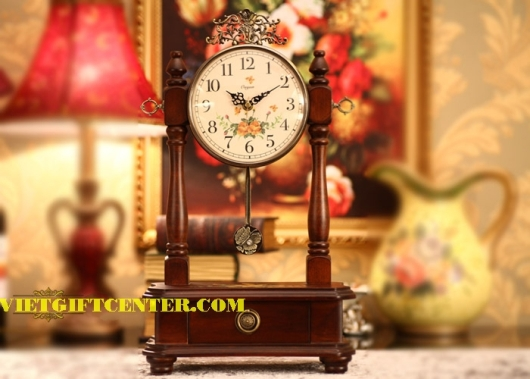 Đồng hồ mang phong cách Châu Âu sang trọng và cao cấp