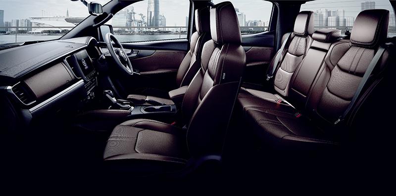 ดีไซน์ภายในรถยนต์ : Mazda BT-50 Double Cap