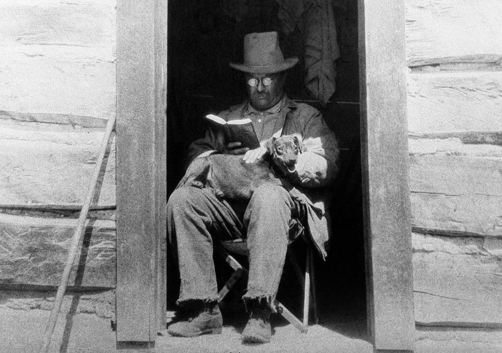 roosevelt reading.jpg