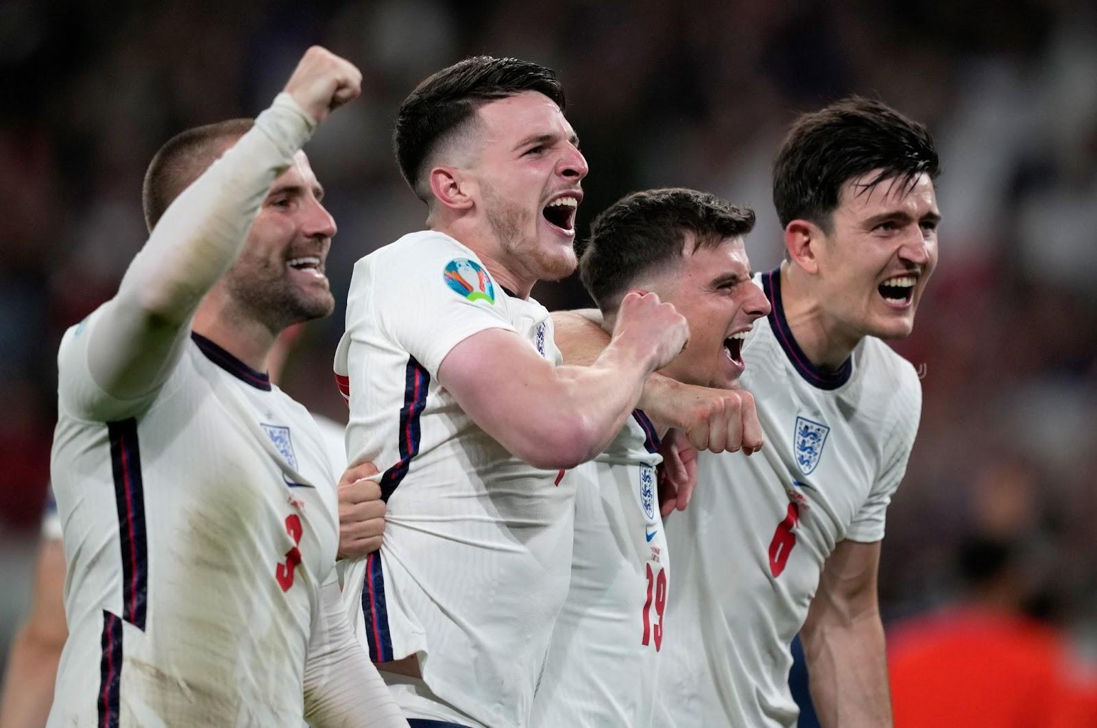 England players celebrate the semi-final win