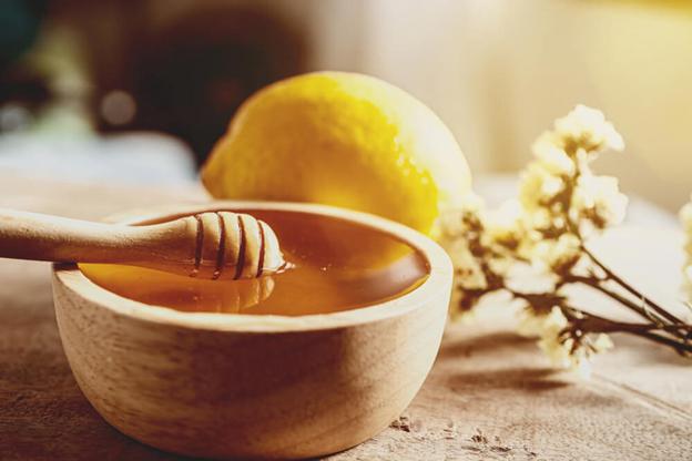 شربت عسل و آب لیمو