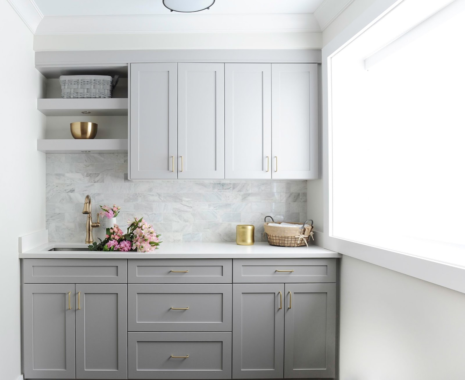 maria-decotiis-vancouver-ca-invest-in-interior-designer-beverage-center-with-gray-cabinets-and-gold-hardware
