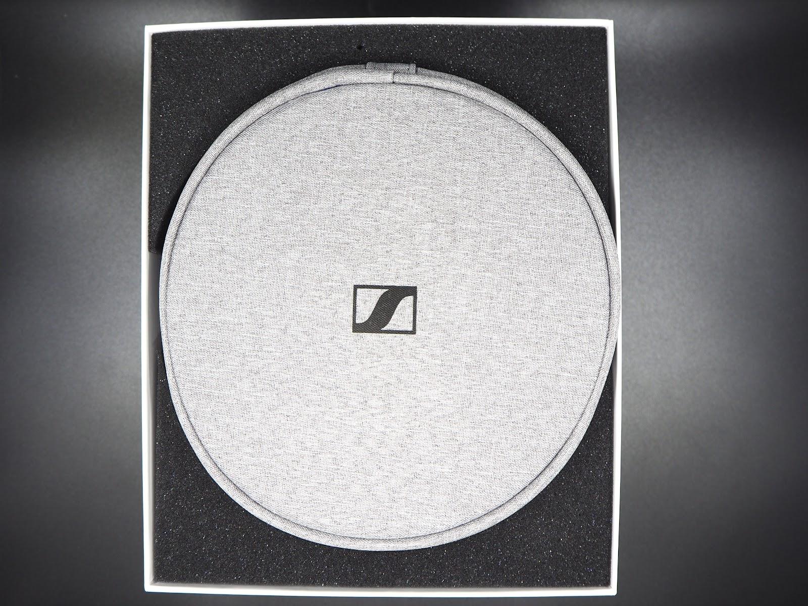 The soft storage case with Sennheiser MOMENTUM Wireless in it