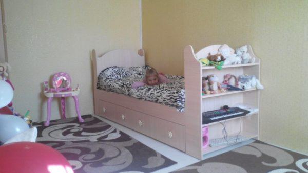Готовая детская кровать из ЛДСП своими руками