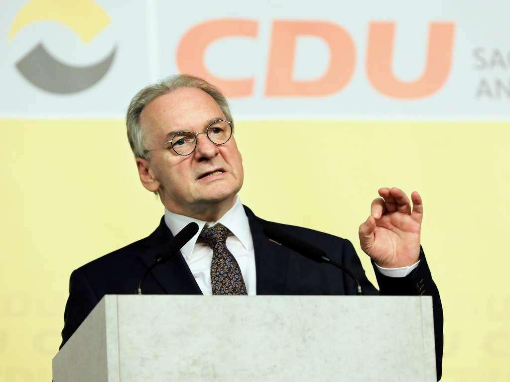 C:\Users\Anmeldung\Desktop\Desktop\reiner-haseloff-ministerpraesident-sachsen-anhalt-cdu (internet).jpg