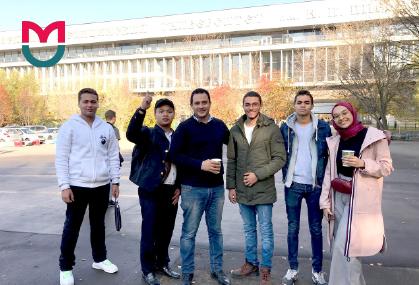 universiti luar negara