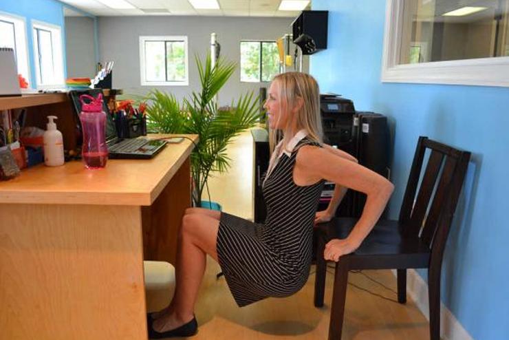 Triceps-Dips-Office-Chair.jpg