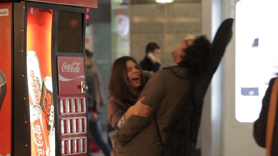 Video viral thành công vang dội của Coca-cola