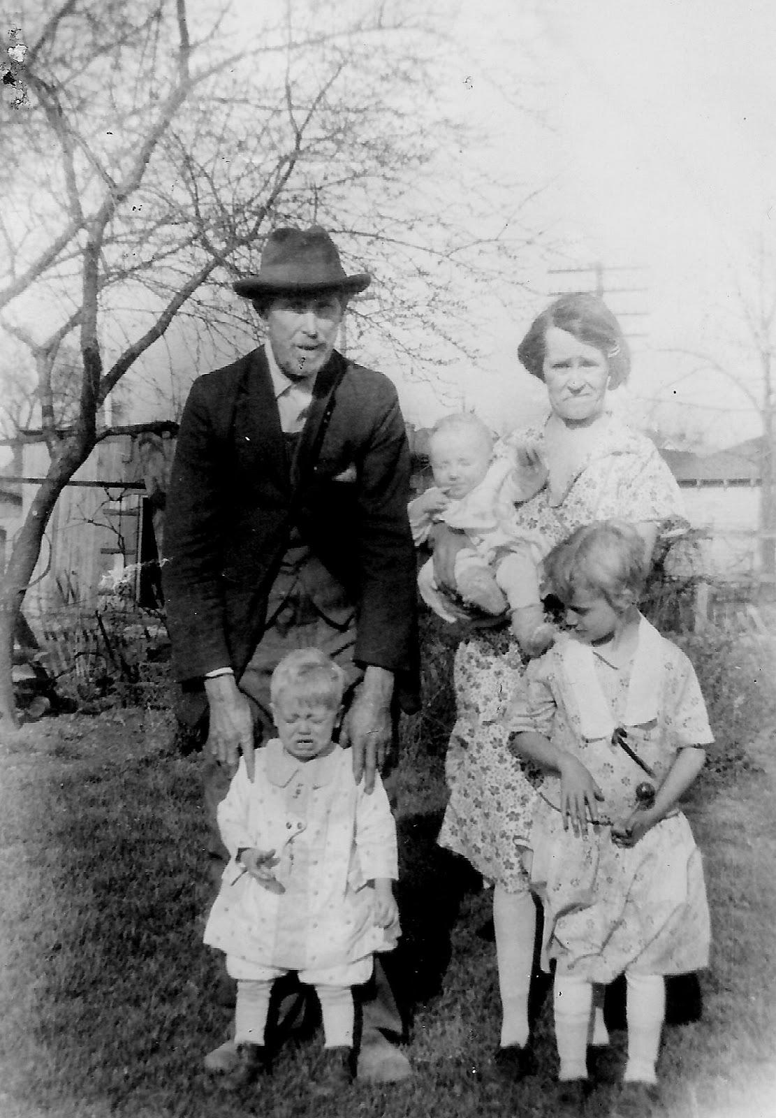 John W Leffert family 1929.jpg
