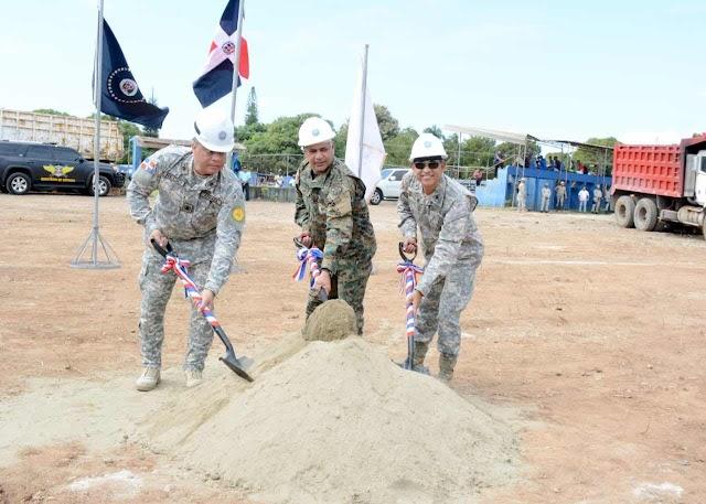 MINISTERIO DE DEFENSA Y ARMADA DE REPÚBLICA DOMINICANA, REALIZAN ACTO DE PRIMER PALAZO PARA LA CONSTRUCCION DEL GIMNASIO Y SUPERMERCADO NAVAL.