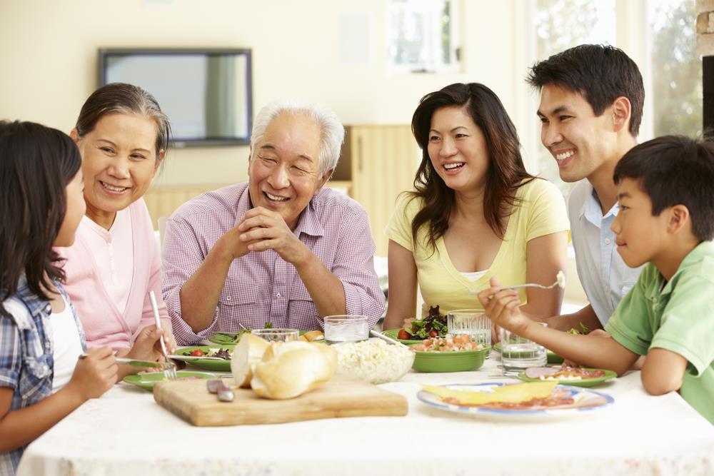 D:\ĐÀO TẠO\Chăm sóc sức khỏe cho cả gia đình - khó hay dễ_ - Sức khỏe - ZINGNEWS.VN_files\62525016_6123319060552_8786101863125614592_n(1).jpg