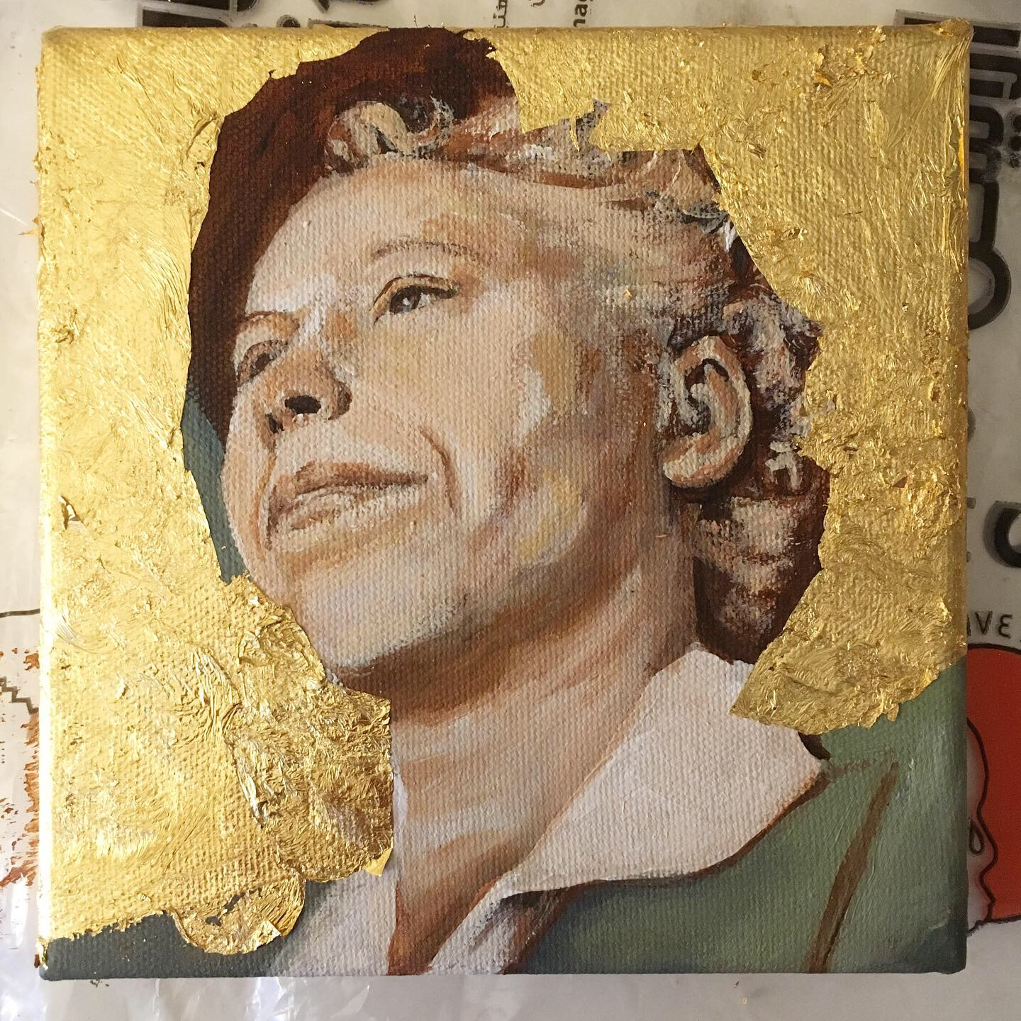 Read more about the history of gold leaf and how it's used to celebrate strong, norms changing women of the 1940s. #goldleaf #womenempowerment #womanartpowerful #womanartists
