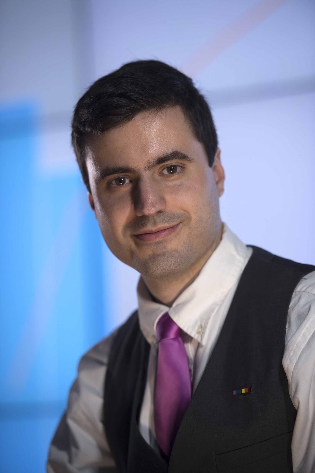 Dr. Michael Kevin Hernández