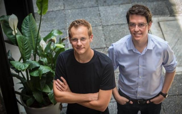 Florian Hagenbuch e Mate Pencz, fundadores da Loft; startup se tornou o novo unicórnio brasileiro