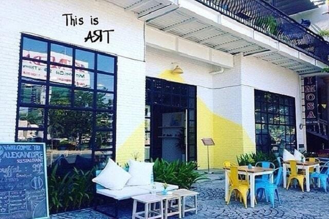 D:\kho\SEO\tập làm văn\2020.6\84_bàn ghế sắt café, nhà hàng sơn tĩnh điệnngoài trời tại hà tĩnh\bàn ghế sắt café, nhà hàng sơn tĩnh điệnngoài trời tại hà tĩnh\top-10-quan-ca-phe-view-dep-nhat-tai-Da-Nang-tago3-min.jpg