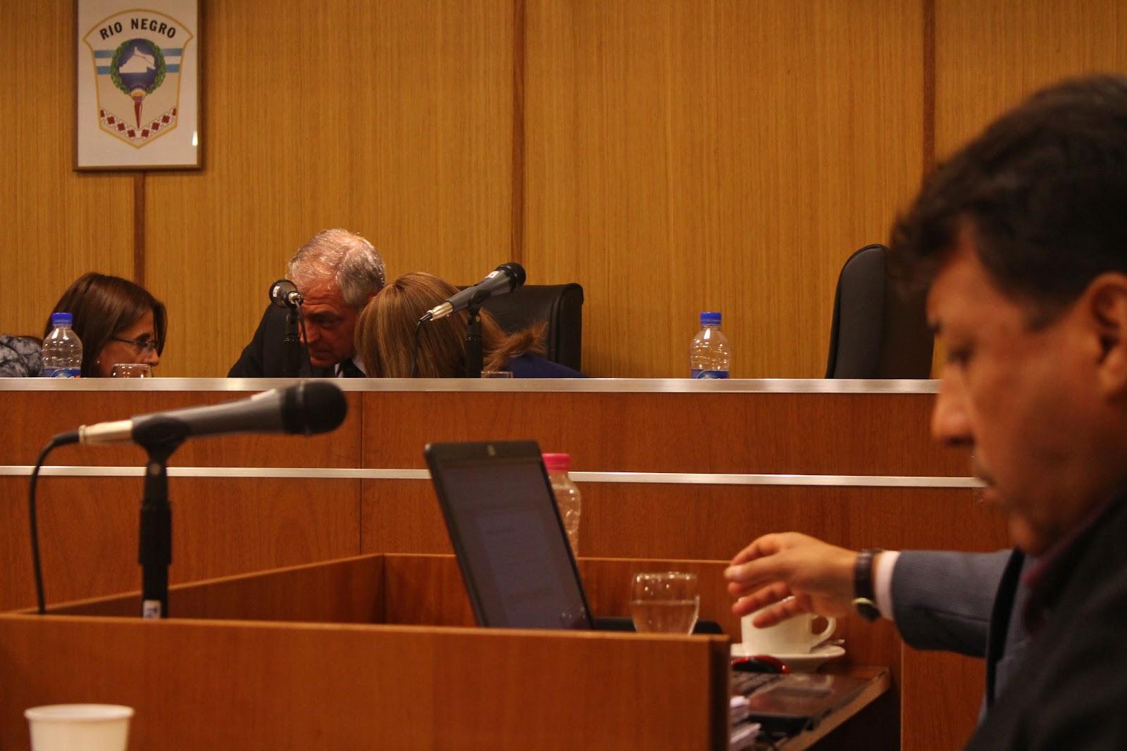 La desición de los jueces..jpg