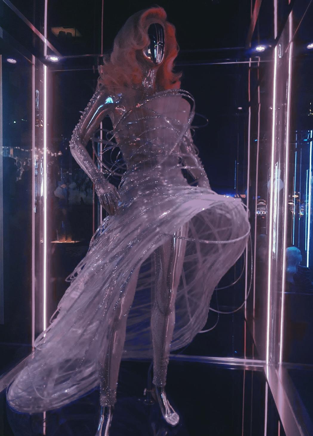 ליידי גאגא מוזיאון שמלות איפה נמצא