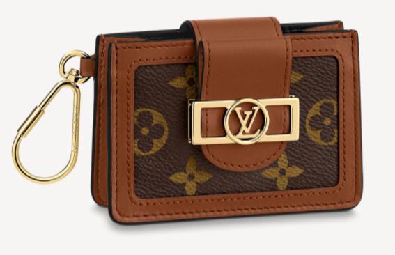 6. กระเป๋าใส่บัตรแบรนด์ LOUIS VUITTON