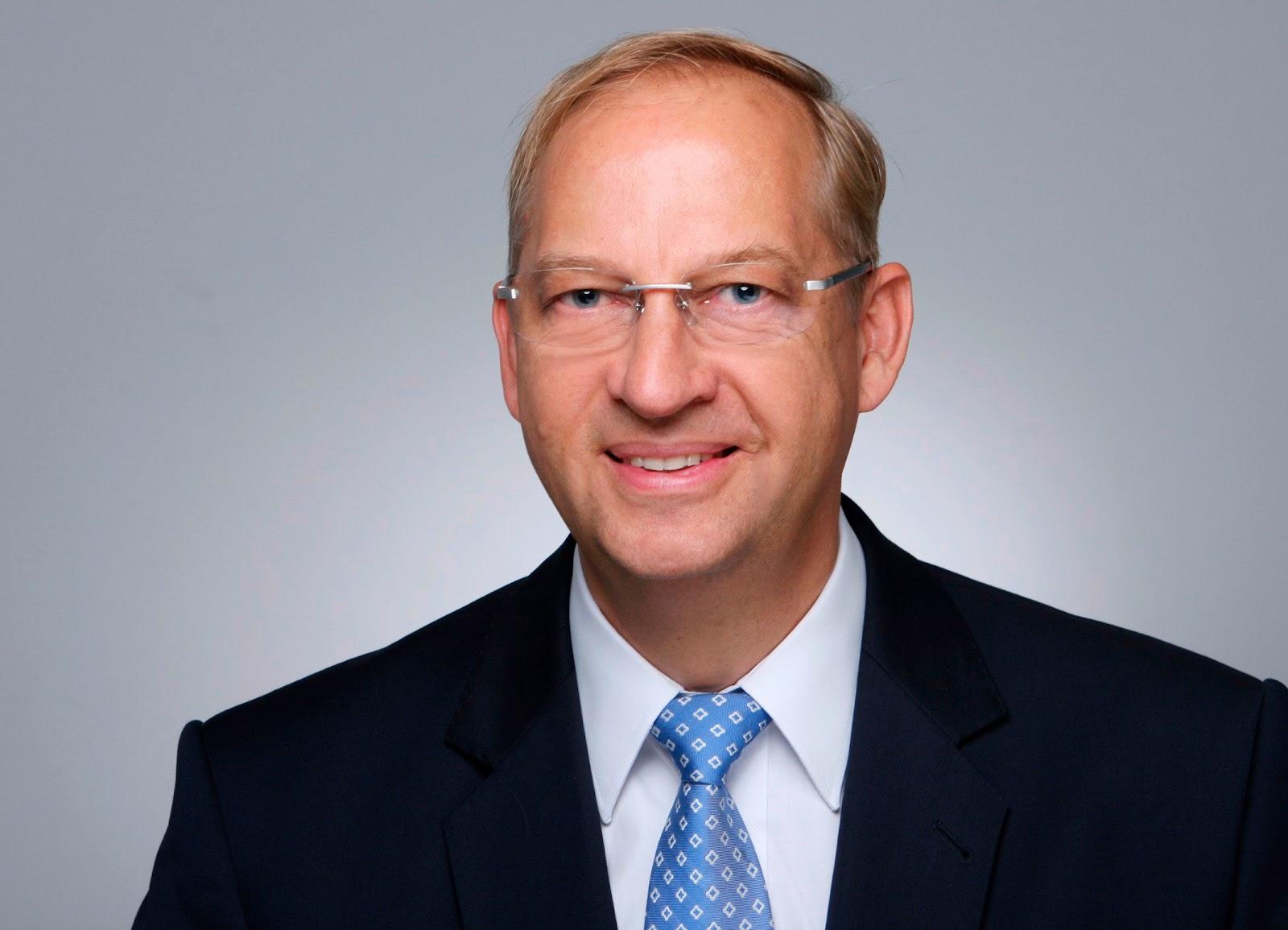 """""""A parceria com a Microsoft e outras empresas de tecnologia representa uma transformação fundamental que está longe de ser concluída"""", afirmou Dirk Hilgenberg, CEO da Car.Software Organization. (Fonte: Volkswagen/Divulgação)"""