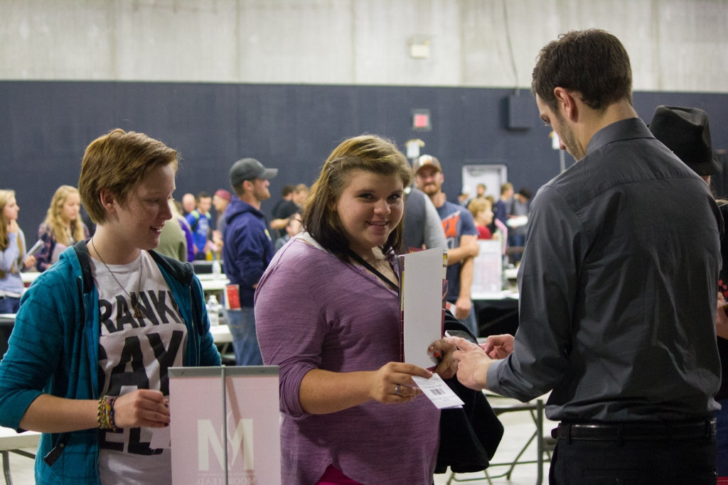 CollegeFair-9 (1024x683).jpg