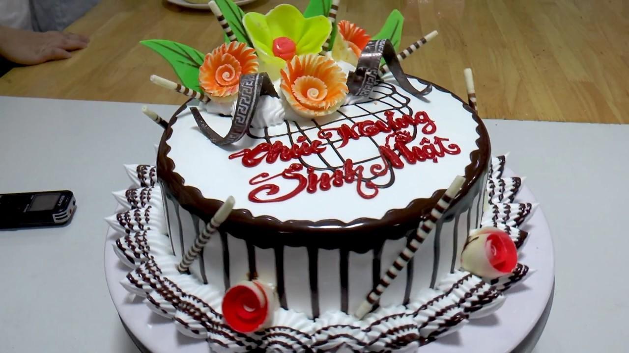 Tại sao bánh kem sinh nhật lại có hình tròn?