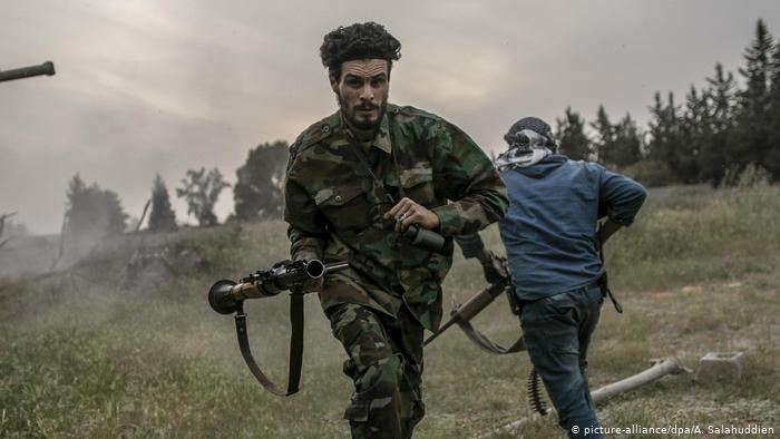Бойцы правительства народного согласия в Ливии