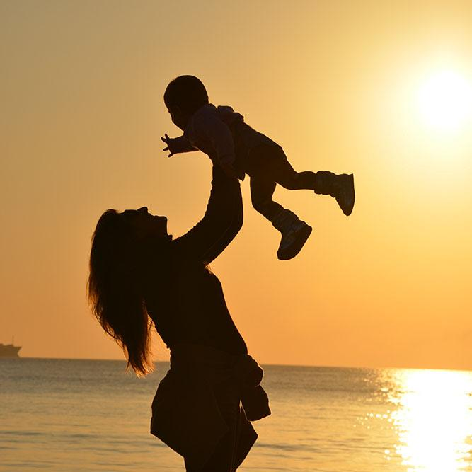 Can You Take Kratom While Breastfeeding? | Kratom Geek