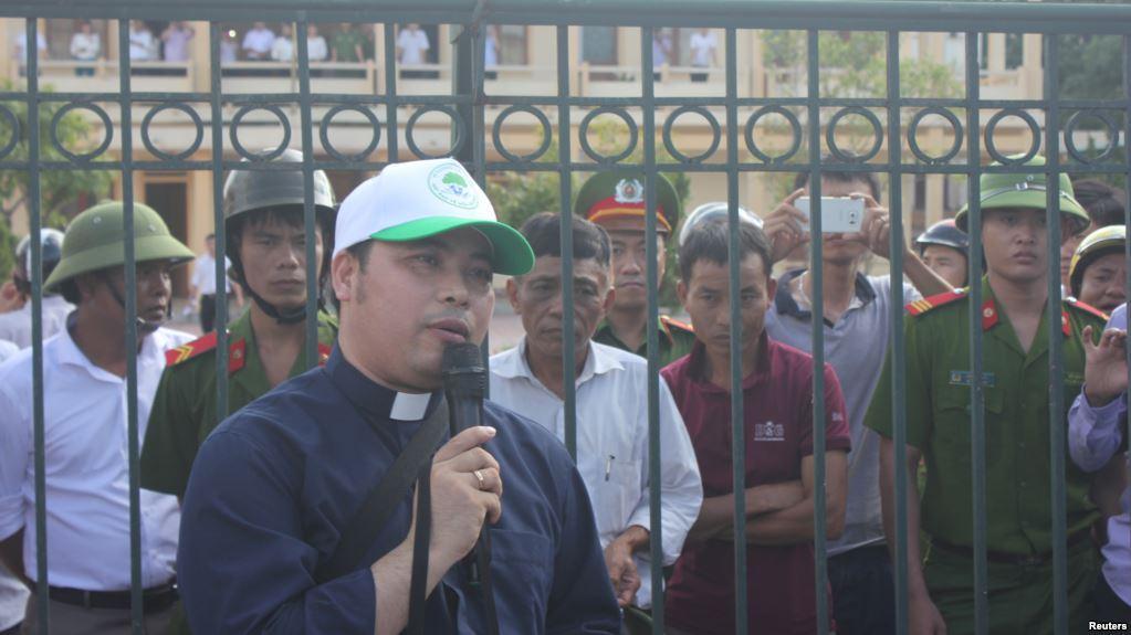 Linh mục Đặng Hữu Nam