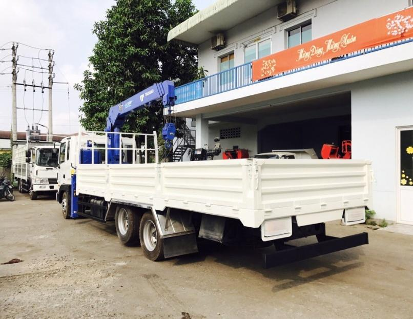 D:\HỢP DỒNG\Pictures\HYUNDAI\CẨU\hình xe cẩu hyundai\HD210\TADANO 5 TẤN 4 KHÚC\xe-tải-hyundai-14-tấn-gắn-cẩu-tadano-5-tấn-4-khúc-tm-zt504 (6).jpg