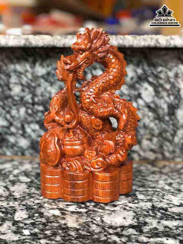 Tượng Rồng gỗ Hương