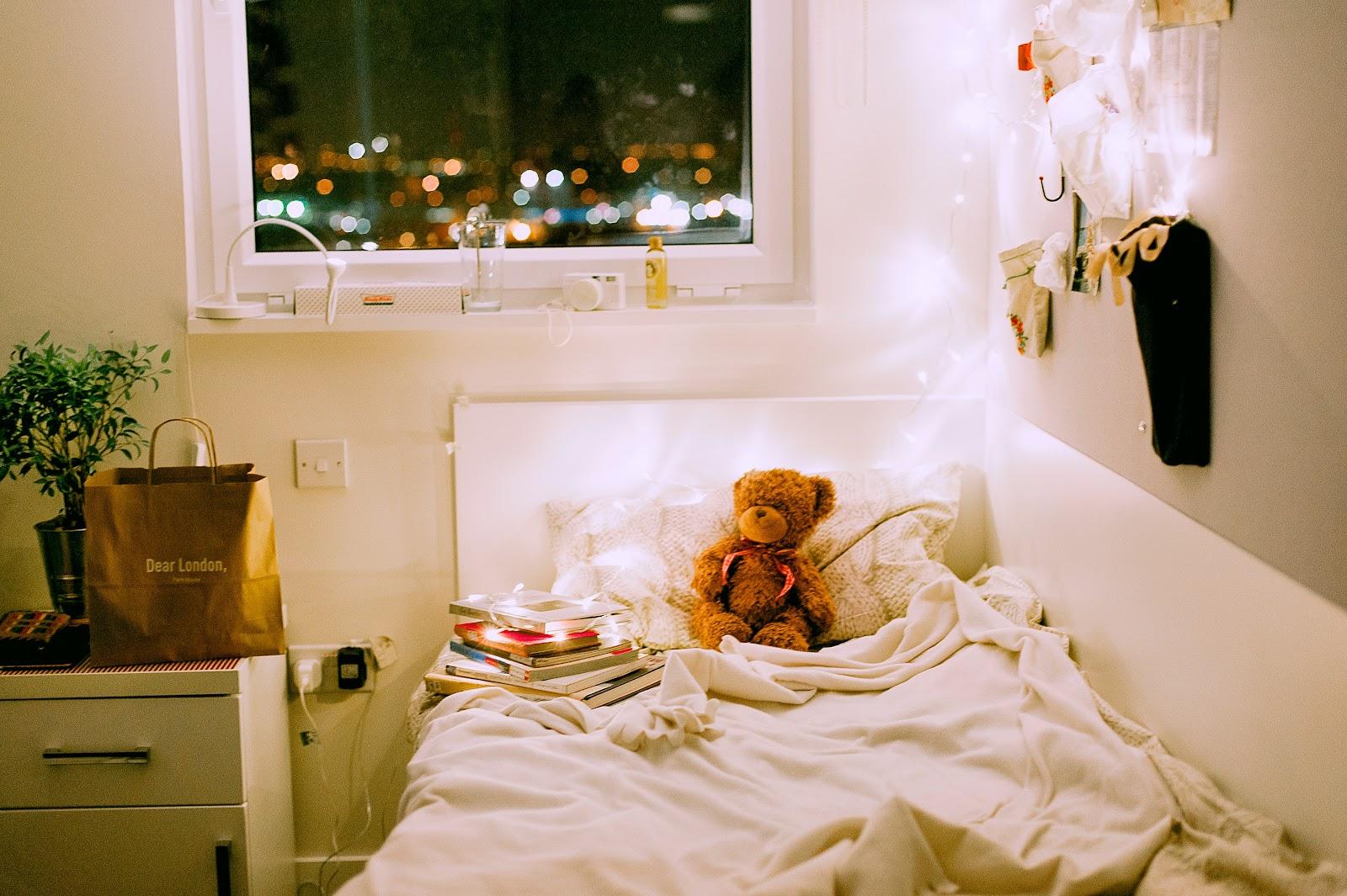 Neutral kids bedroom