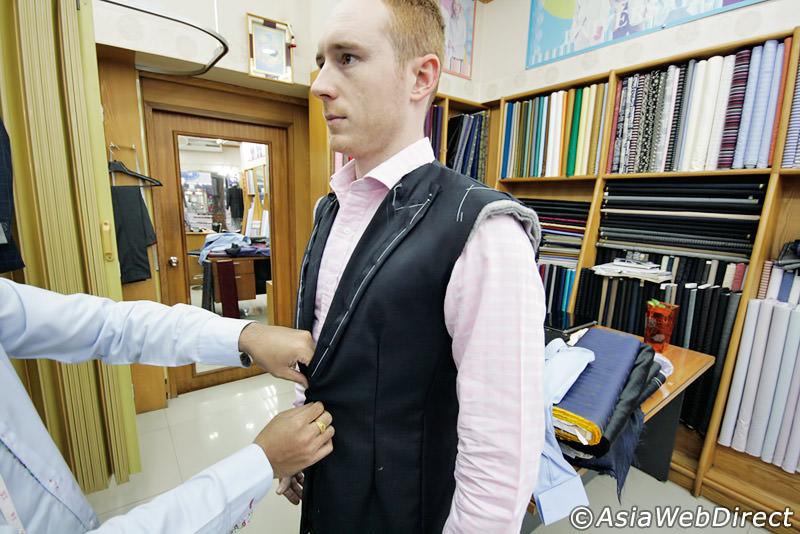 universal-tailors-bangkok.jpg