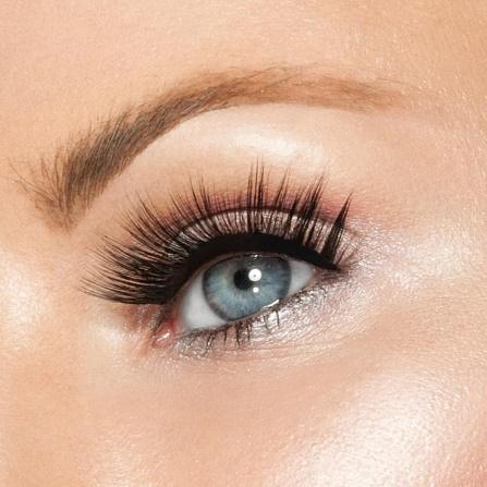 So Dramatic Studio Strip Lashes:
