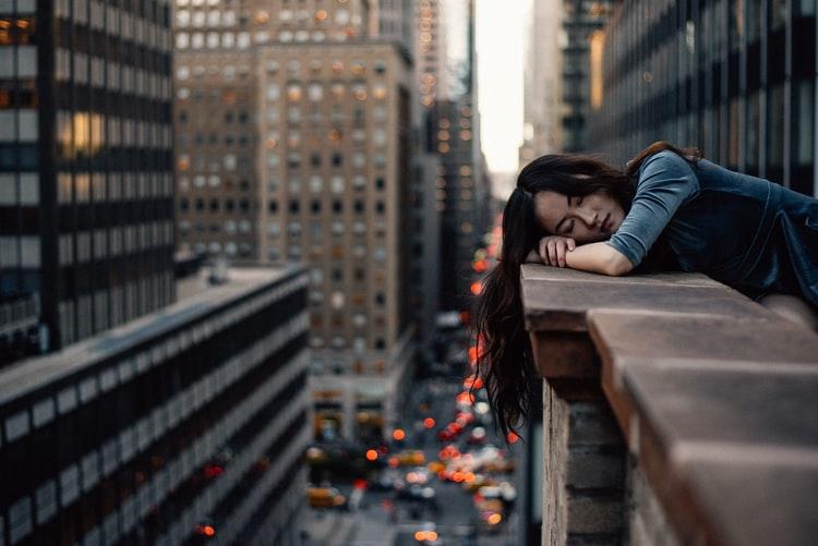 Las claves para conseguir un sueño reparador también yacen en identificar los problemas que nos impiden dormir.