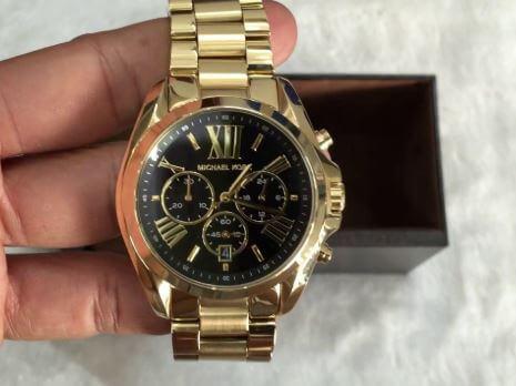 Nơi mua đồng hồ Michael Kors chính hãng uy tín?