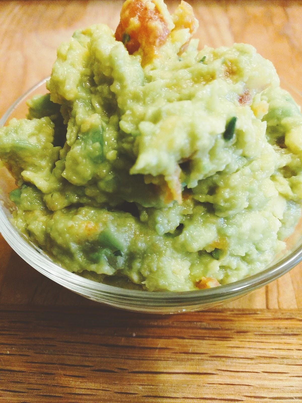 duo of dips guacamole