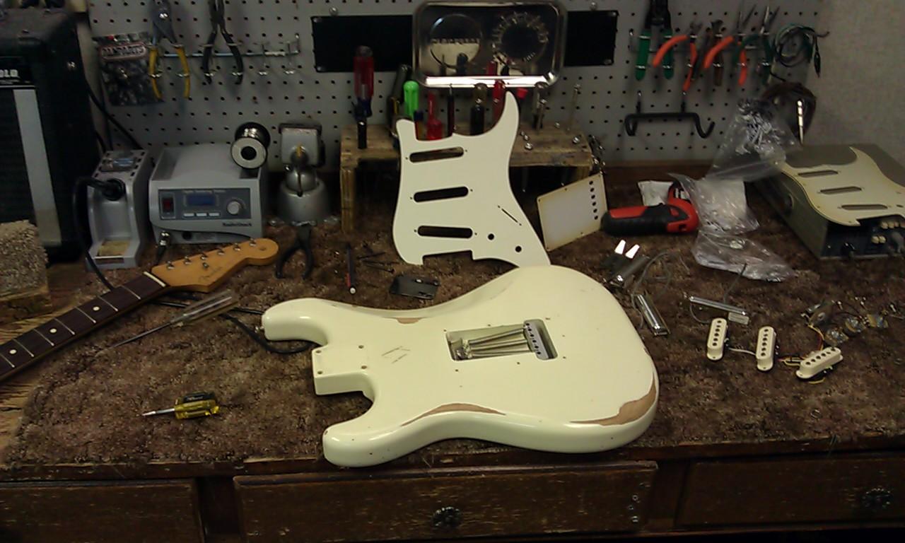 Charley Strat Wiring Diagram Not Lossing David Gilmour Guitar Vaughan Motor Diagrams Elsavadorla