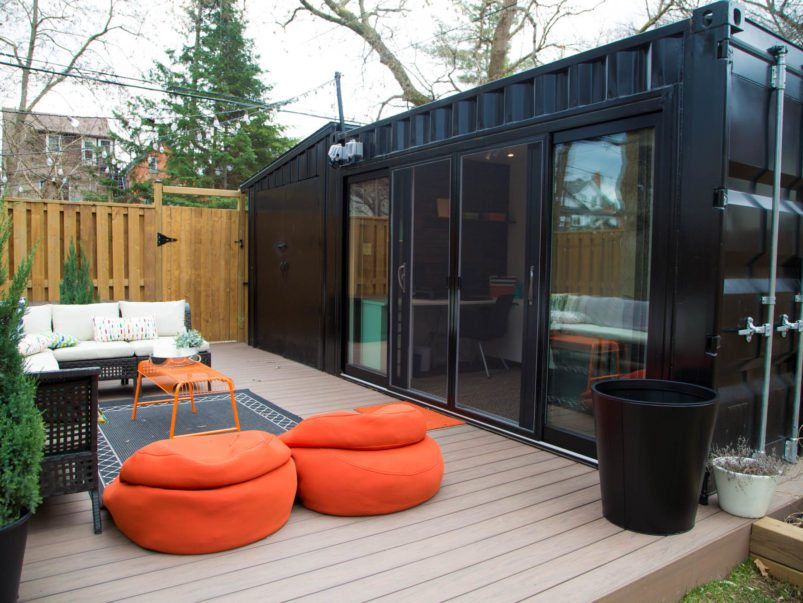 Container home office in backyard | Credit: Toronto Life - https://torontolife.com/real-estate/couple-solved-home-office-quandary-plunking-shipping-container-backyard/