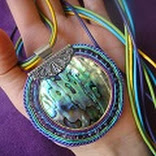 http://soutachegallery.blogspot.com/2012/03/kakadu-wisior.html