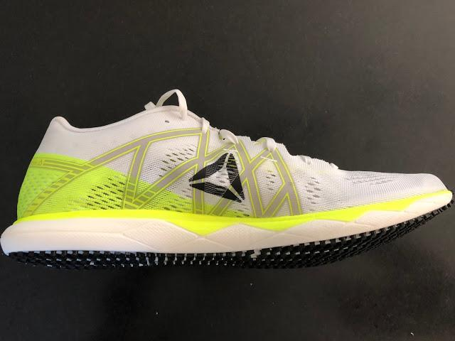 b4e3afbd1cec Sam  The midsole is a combination of an upper yellow EVA layer which  stabilizes and the Floatride Foam
