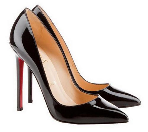Ai nói phụ nữ chân to không thể đi giày cao gót?