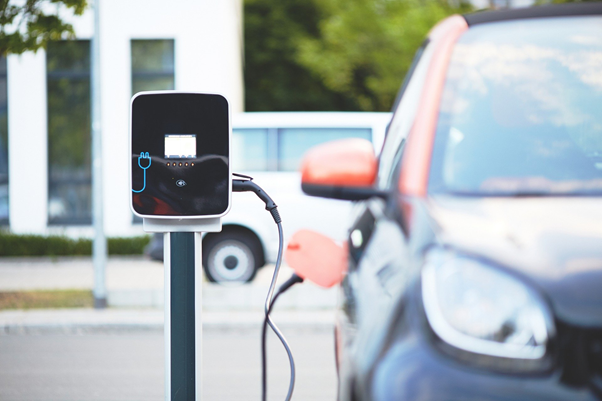 Many UK drivers will switch to electric cars before 2030.