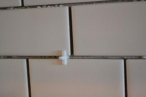 Favorite Subway Tile Backsplash Install | Ana White Woodworking Projects JJ64