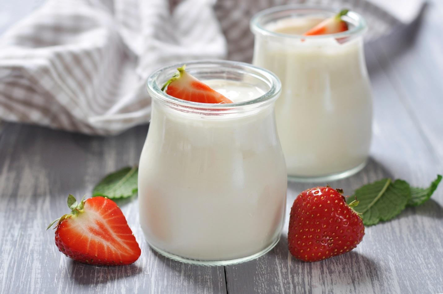 Cách làm yaourt bằng sữa tươi ngon và đơn giản ngay tại nhà