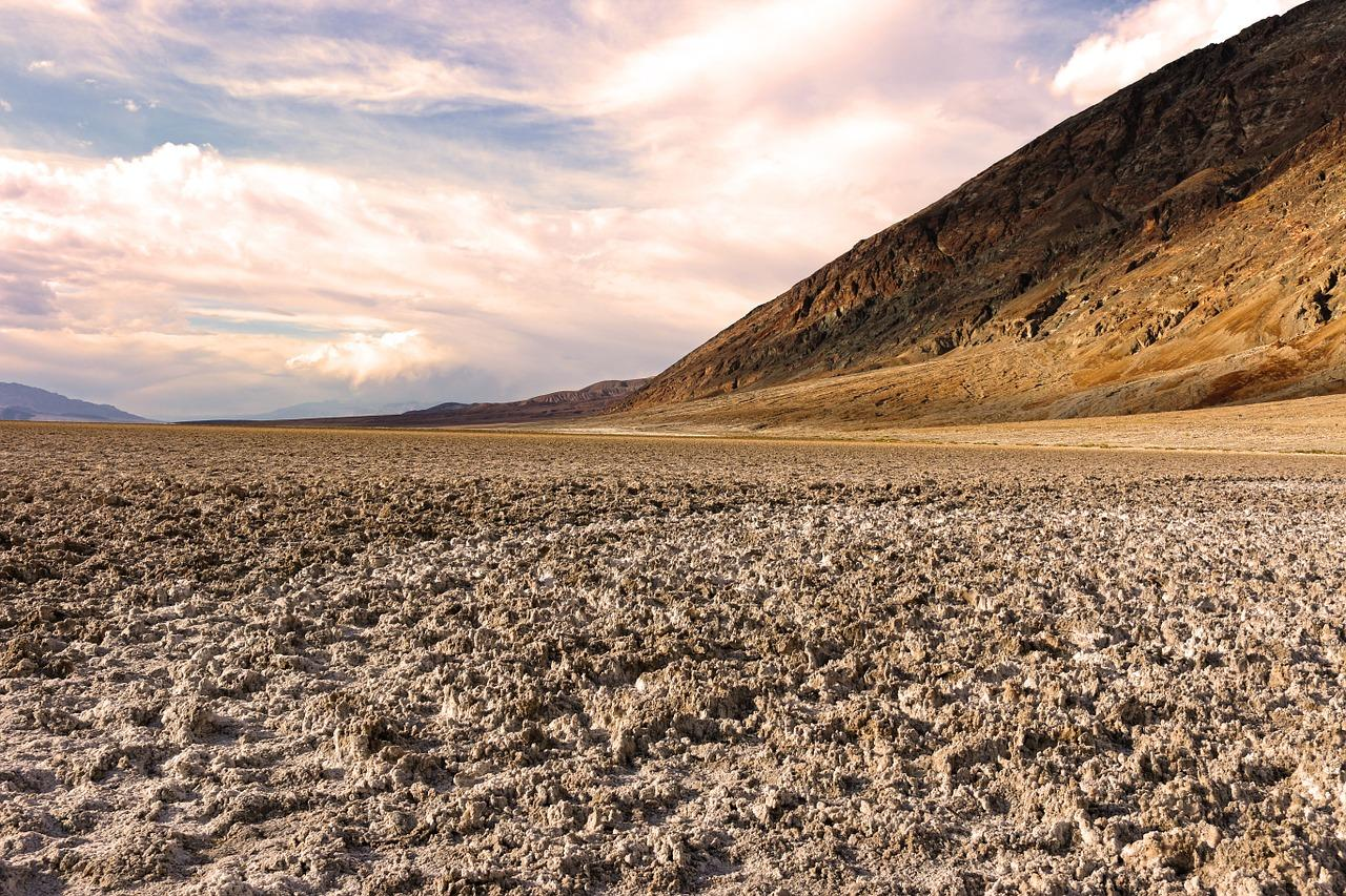 C:\Documents and Settings\Admin\Рабочий стол\death-valley-1303573_1280.jpg